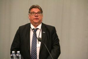 Utredning av jernbaneforbindelse mellom Kirkenes – Rovaniemi får støtte fra den finske utenriksminister